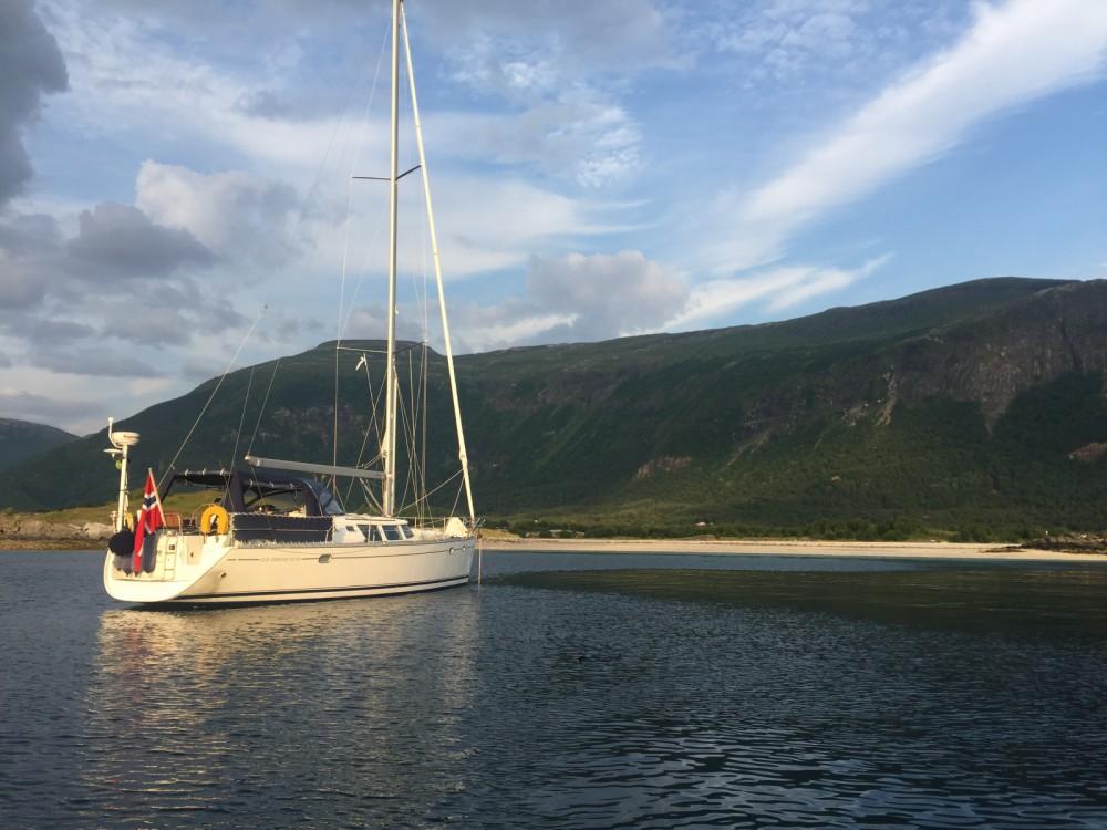 Boat rental Jeanneau SO 43 DS in Stavanger on Samboat