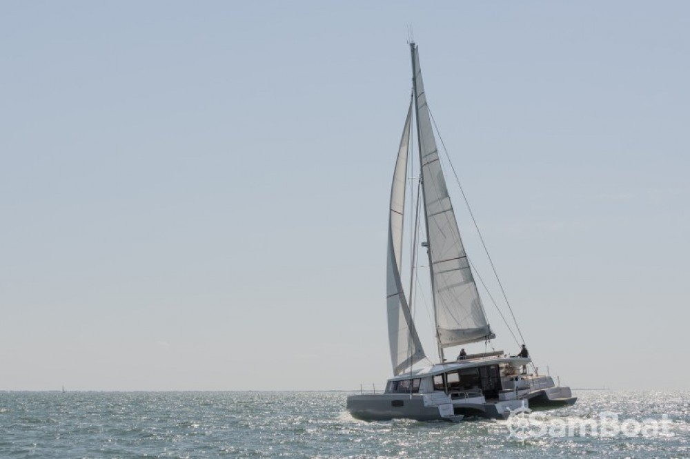 Hire Catamaran with or without skipper Neel Marigot