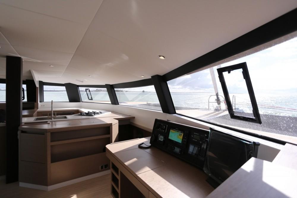 Boat rental Antigua and Barbuda cheap Neel 51