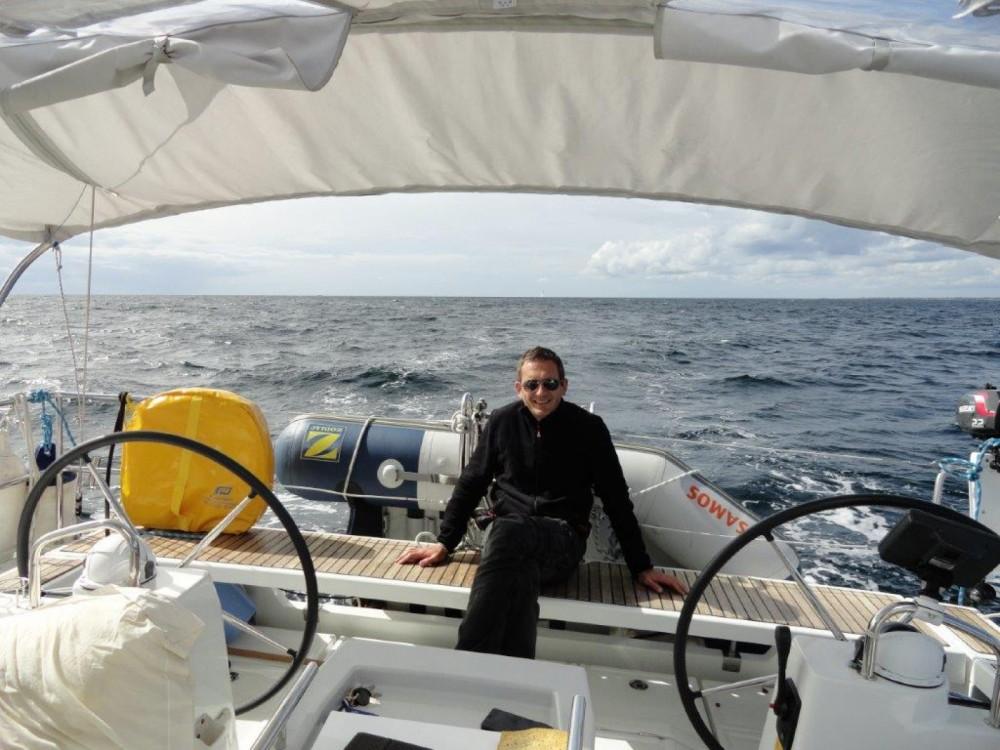 Hire Sailboat with or without skipper Bénéteau Bénodet