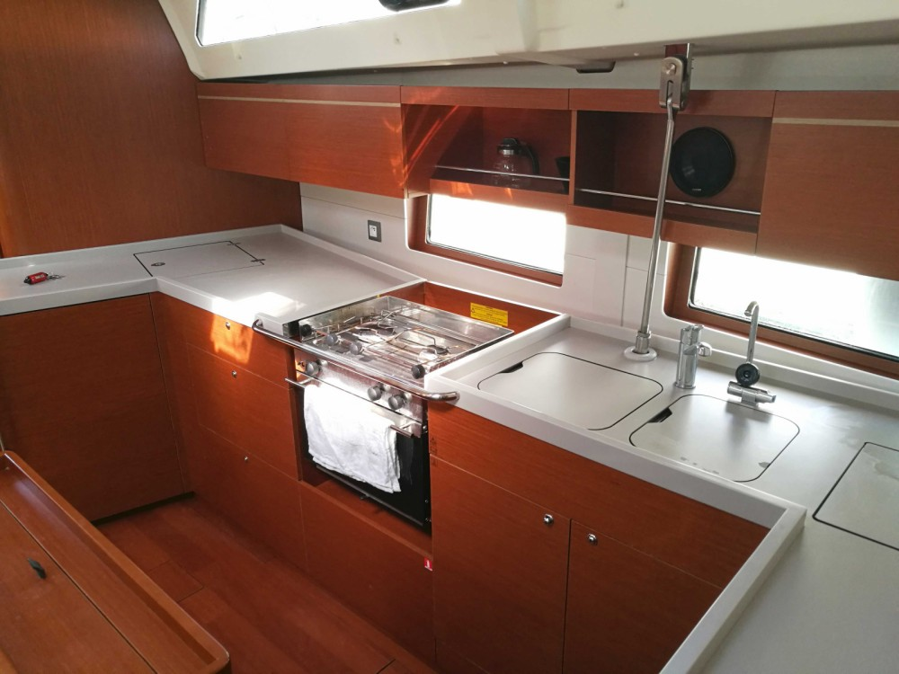 Boat rental Laurium cheap Oceanis 46.1