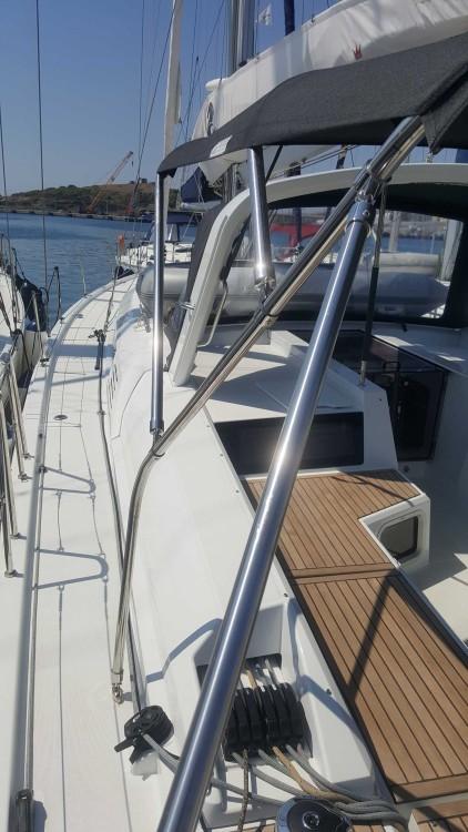 Rental Sailboat in Laurium - Bénéteau Oceanis 51.1