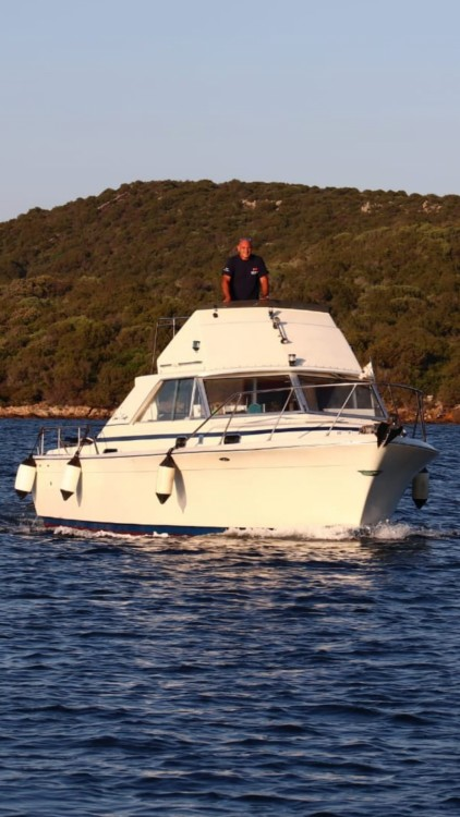 Hire Motorboat with or without skipper Chris Craft Porto Pozzo