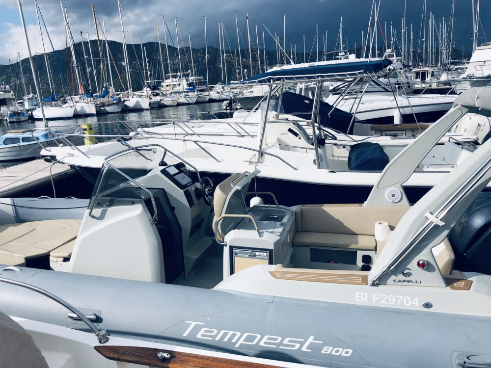 Capelli Tempest 800 Open between personal and professional Saint-Florent