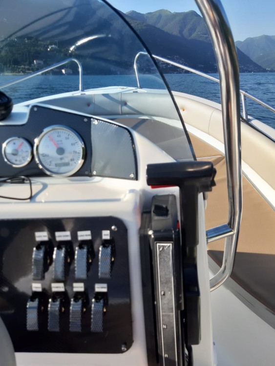 Hire Motor boat with or without skipper Marinello Como