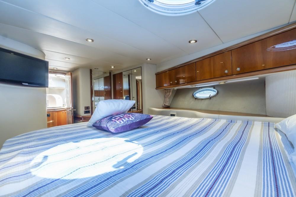 Boat rental Sunseeker Manhattan 62 in Aegean Region on Samboat