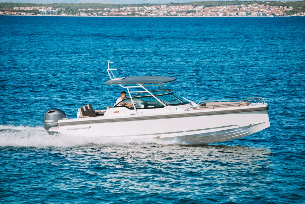 Rental Motor boat Axopar with a permit