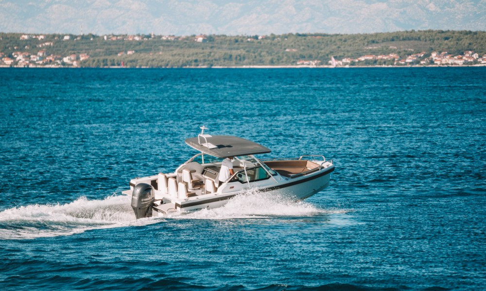 Boat rental Zadar cheap 24 T-Top