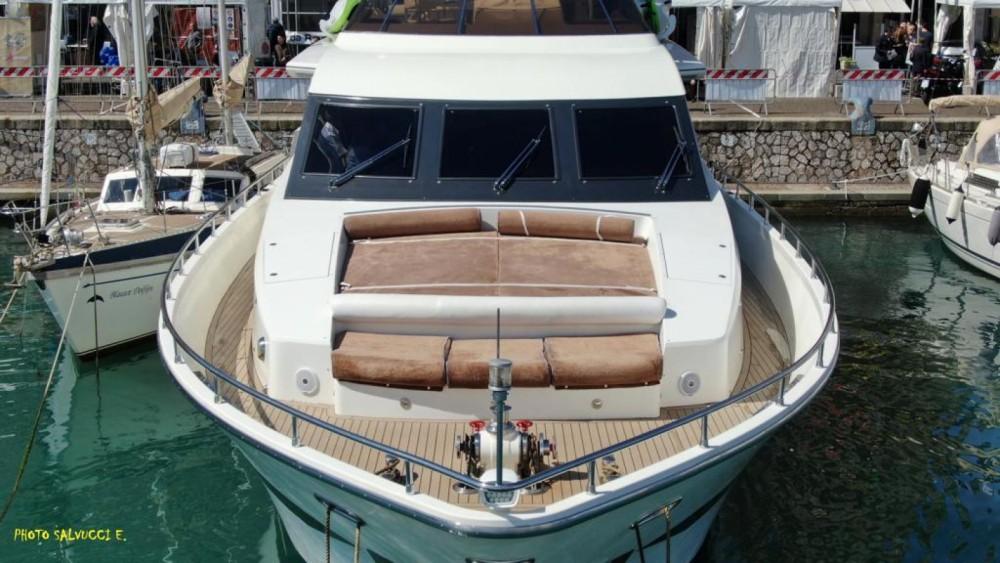 Rental yacht Sorrento - Italversilcraft Fantom 80 on SamBoat