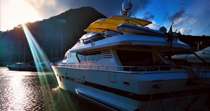 Boat rental Italversilcraft Fantom 80 in Marina di Stabia on Samboat
