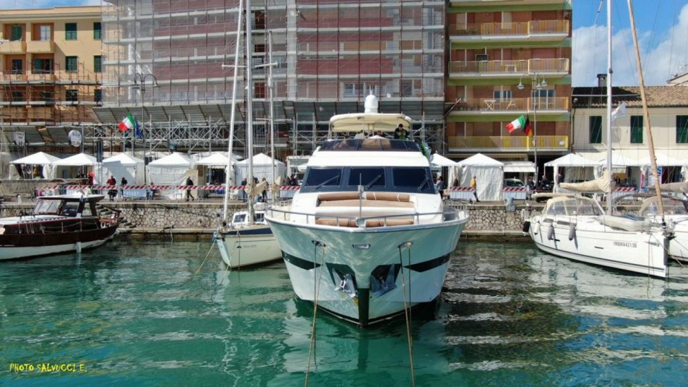 Boat rental Sorrento cheap Fantom 80