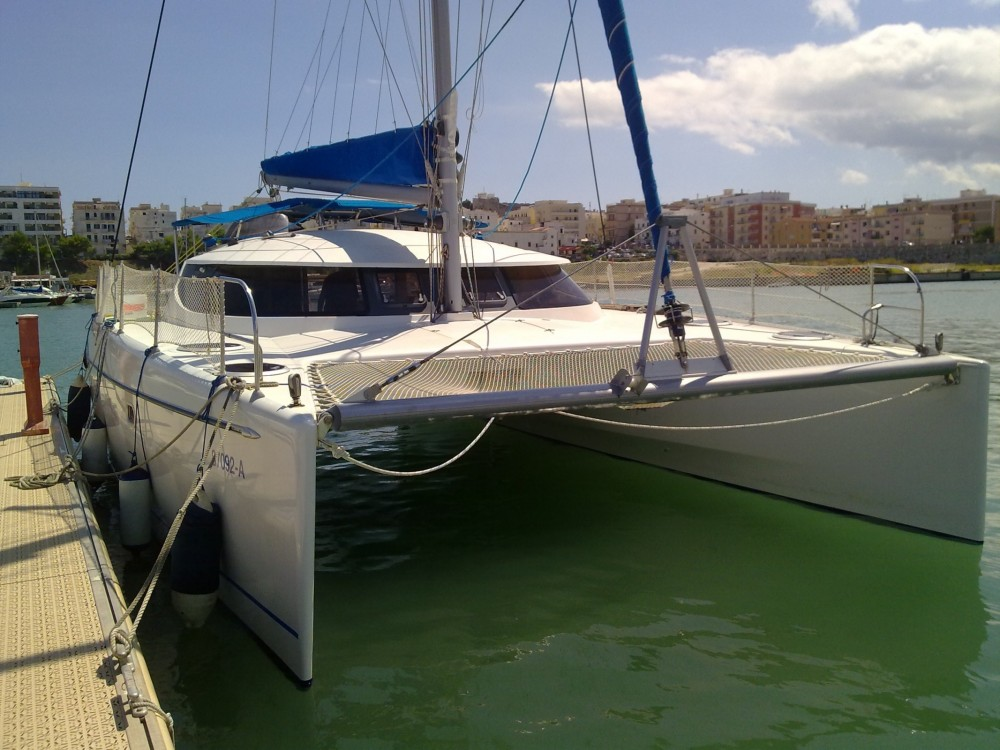 Rental Catamaran in Cagliari - Fountaine Pajot Lavezzi 40