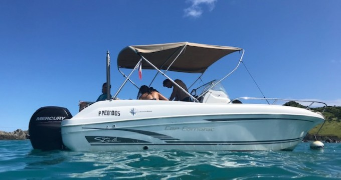 Hire Motorboat with or without skipper Jeanneau Marigot
