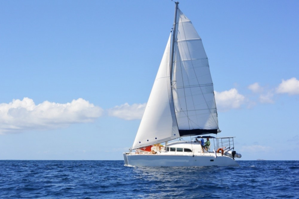 Hire Catamaran with or without skipper Lagoon Marigot