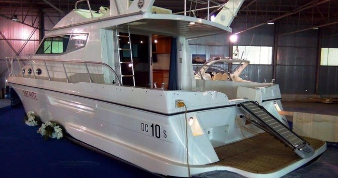 Motorboat for rent La Caletta at the best price