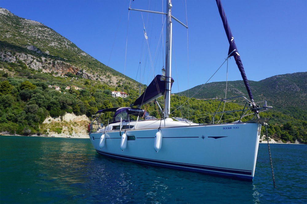 Jeanneau Sun Odyssey 39i between personal and professional Attica