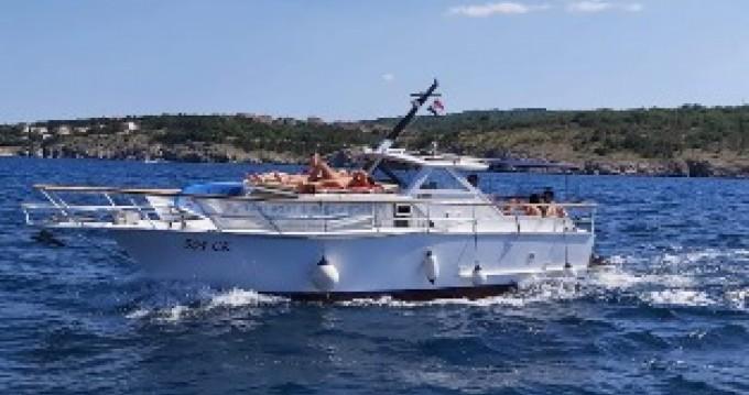 Boat rental Polaris  38 in Crikvenica on Samboat