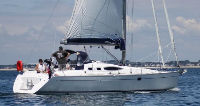 Rental Sailboat Alliaura-Marine with a permit