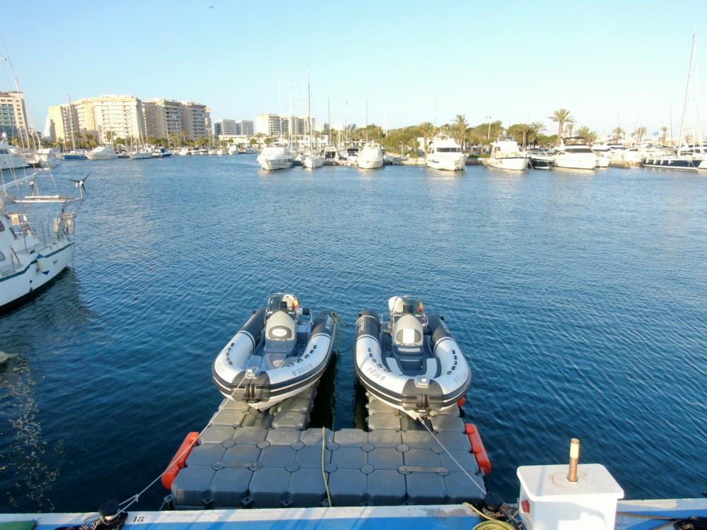 Boat rental 3D Tender Lux 500 in Cartagena on Samboat