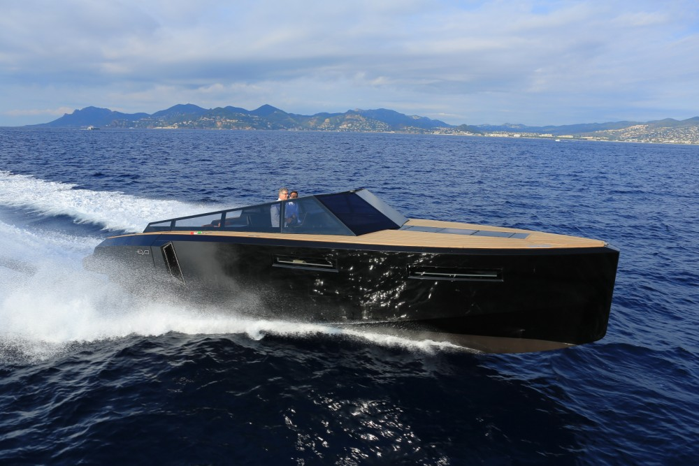 Rental Motor boat EVO with a permit
