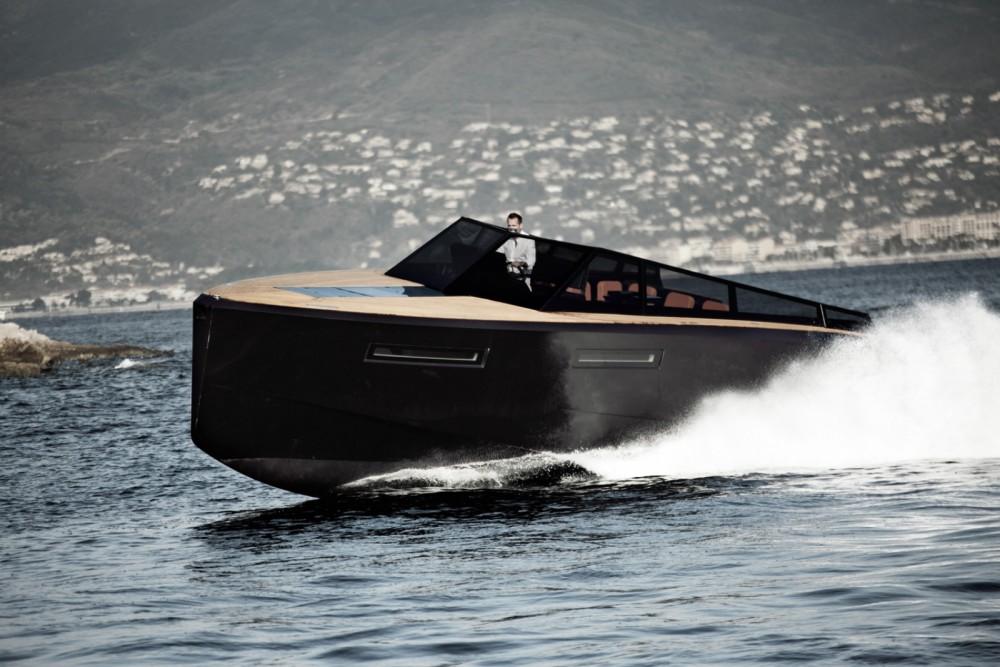 Rental yacht Eivissa - EVO R4 on SamBoat