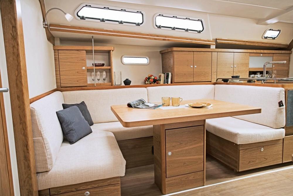 Rental Sailboat in Aegean -  Hanse 430