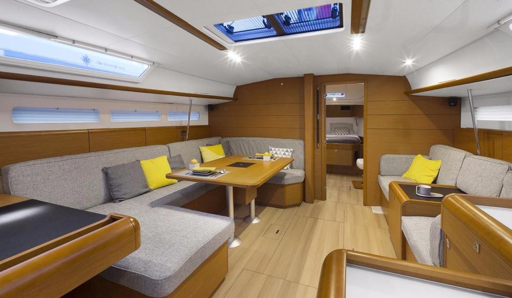 Rental Sailboat in Athens - Jeanneau Sun Odyssey 519