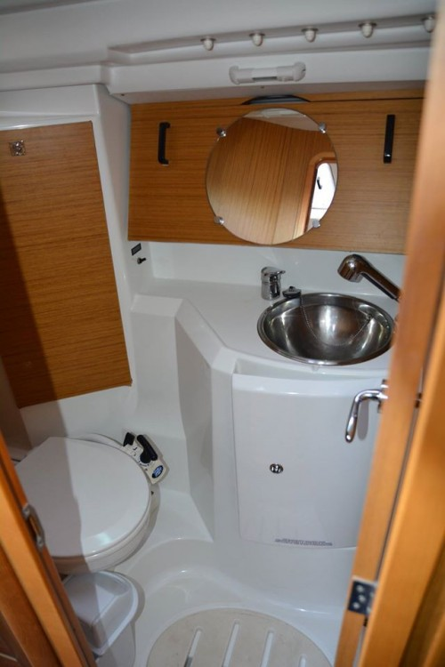 Rental Sailboat in Peloponnese, West Greece and Ionian Sea -  Sun Odyssey 36i