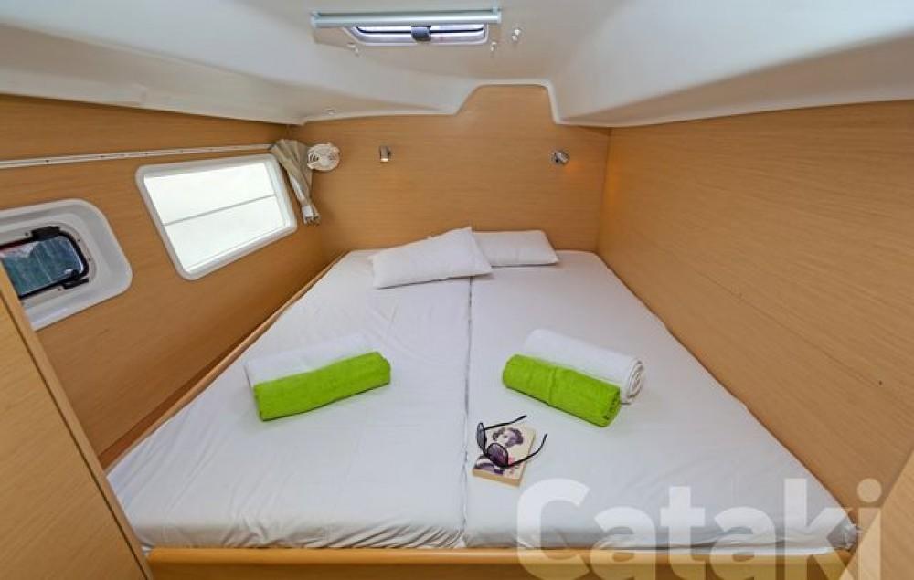 Rental Catamaran in Athens - Lagoon Lagoon 380
