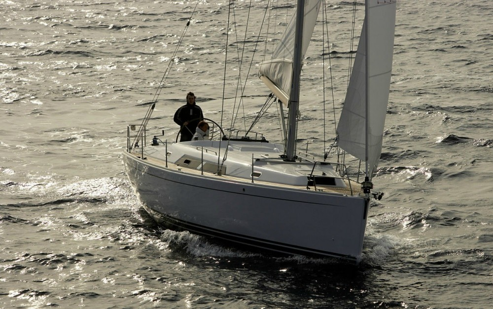 Hire Sailboat with or without skipper Hanse