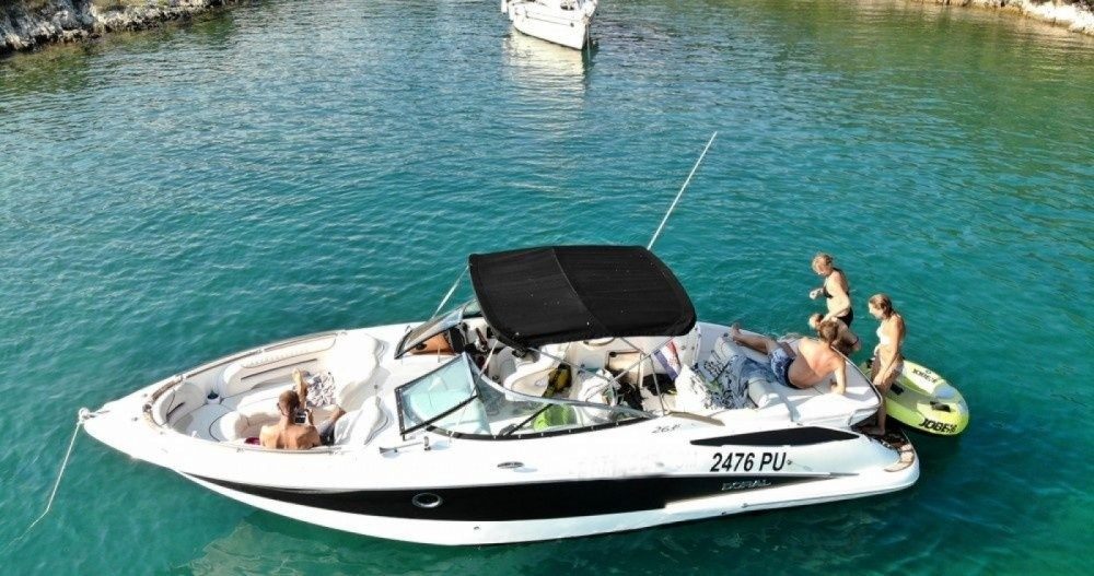 Rental Motorboat Doral with a permit