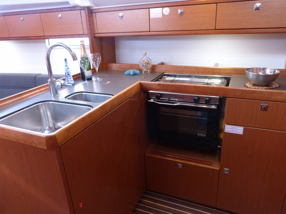 Bavaria Cruiser 37 between personal and professional Procida