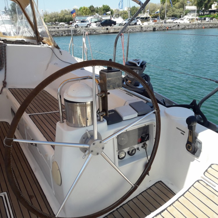 Rental yacht  - Jeanneau Sun Odyssey 52.2 on SamBoat