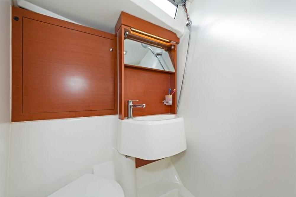 Rental yacht Nafplio - Bénéteau Oceanis 51.1 on SamBoat