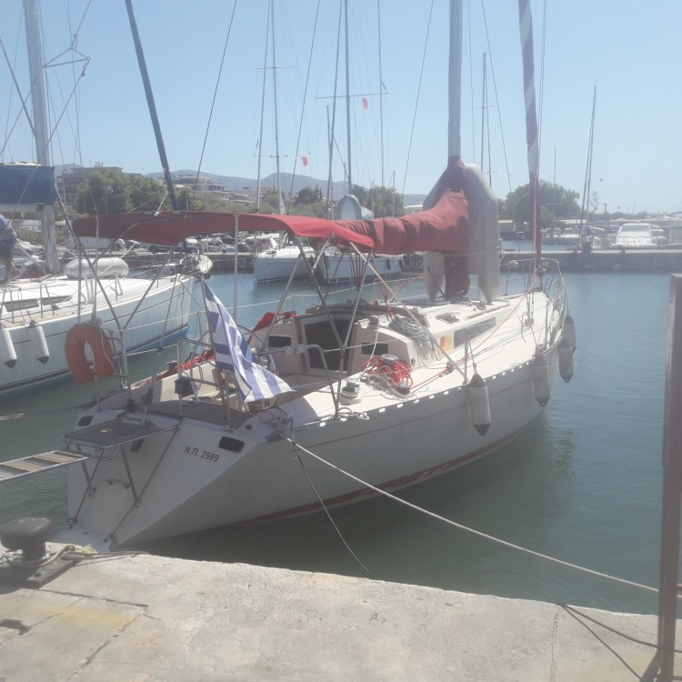 Rental Sailboat in  - Bénéteau First 42