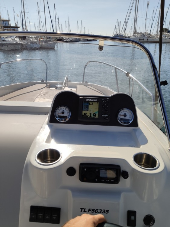 Hire Motor boat with or without skipper Quicksilver Fréjus