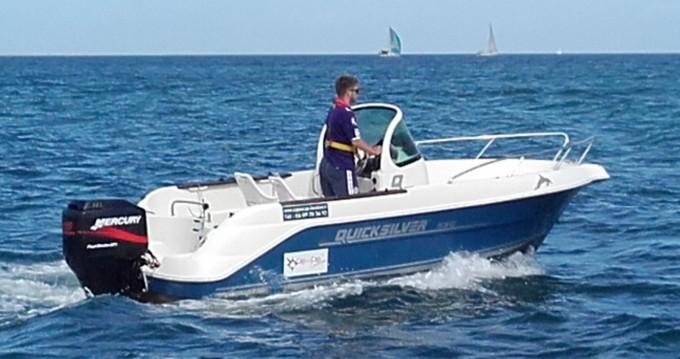 Boat rental La Rochelle cheap Quicksilver 535 Open