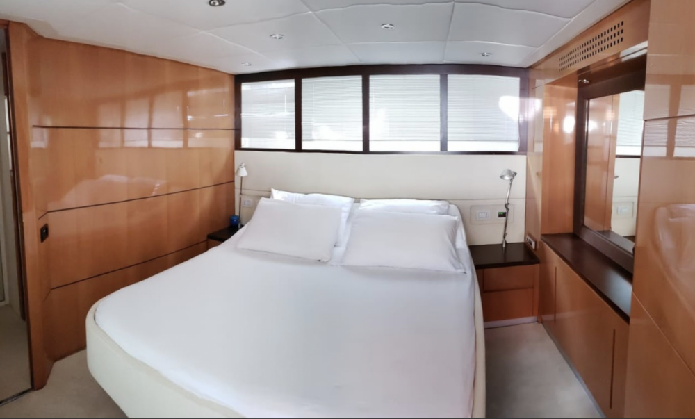 Rental yacht Cogolin - Pershing 56 on SamBoat