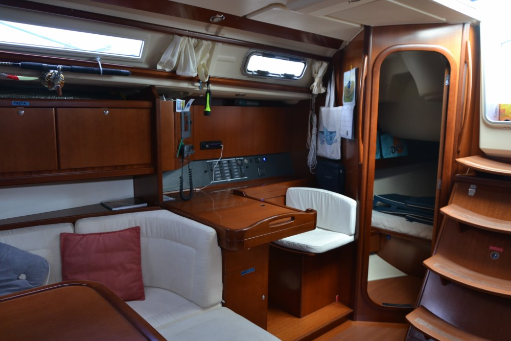 Dufour Dufour 425 Grand Large between personal and professional Capo d'Orlando