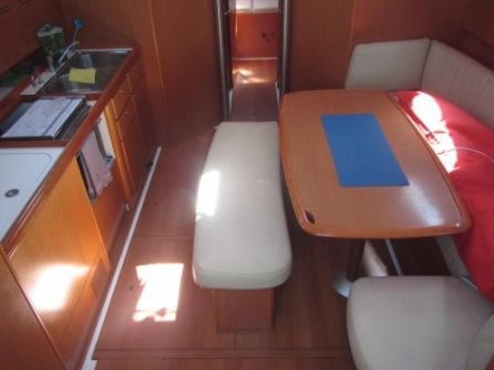 Rental yacht Lisbon - Bénéteau Cyclades 43.4 on SamBoat