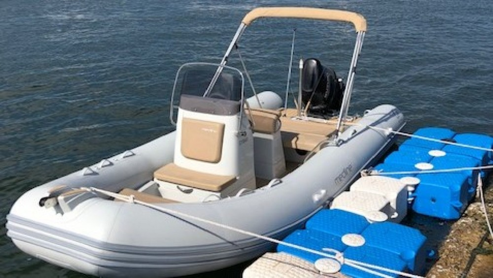Hire RIB with or without skipper Zodiac Nuuk