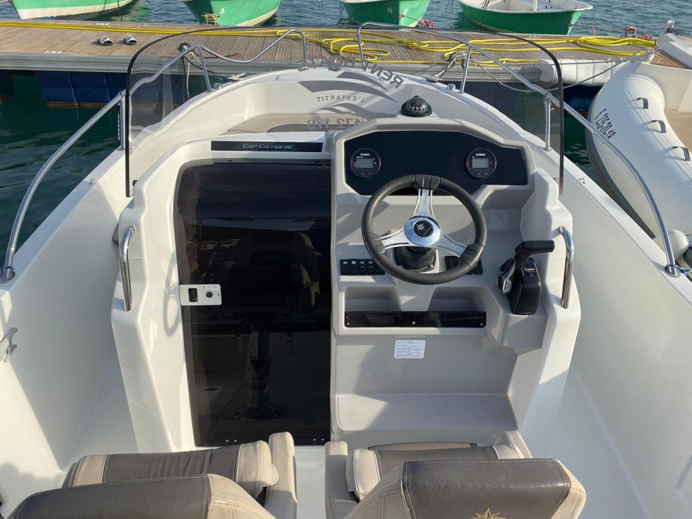 Hire Motor boat with or without skipper Jeanneau Ciutadella