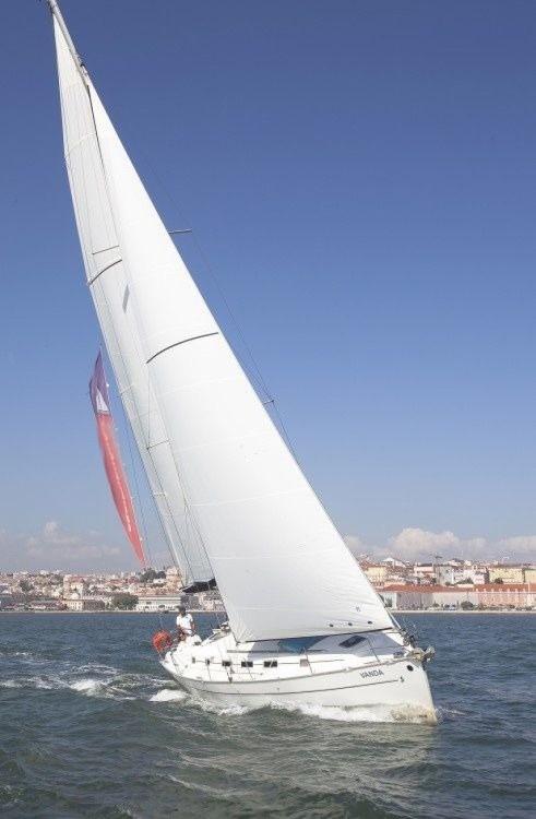 Boat rental Bénéteau Cyclades 43.4 in Lisbon on Samboat