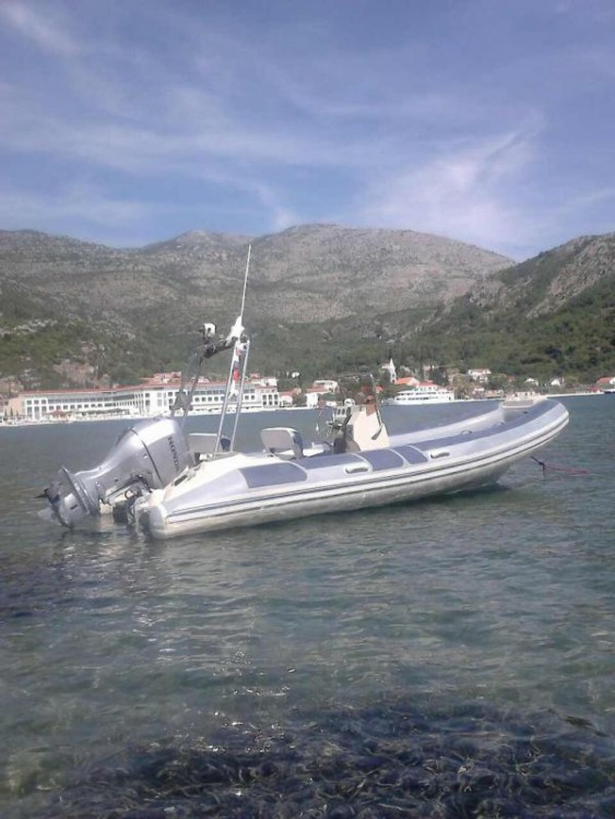 Rental yacht Slano - Bénéteau flyer 575 on SamBoat