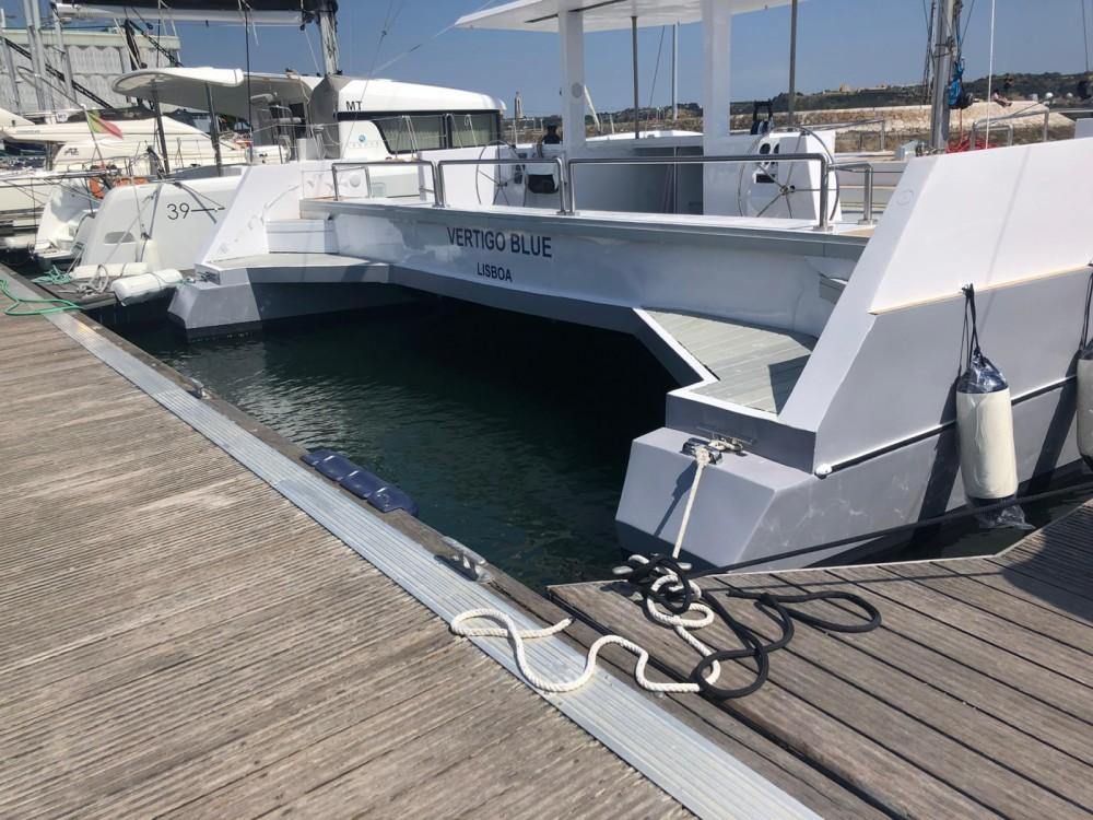 Boat rental Lisbon cheap 50