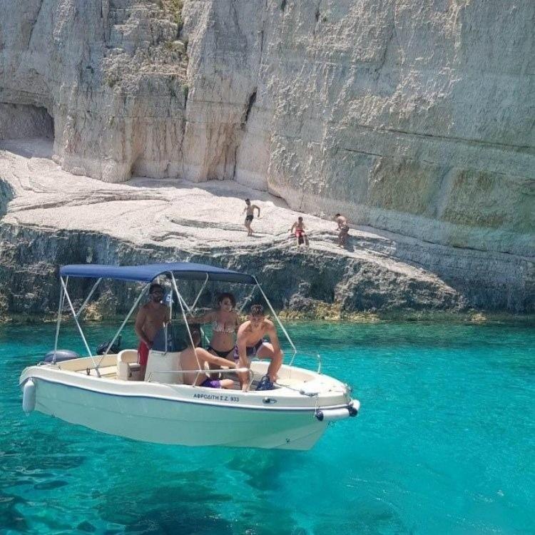 Rental yacht Zakynthos - Proteus Limeni on SamBoat