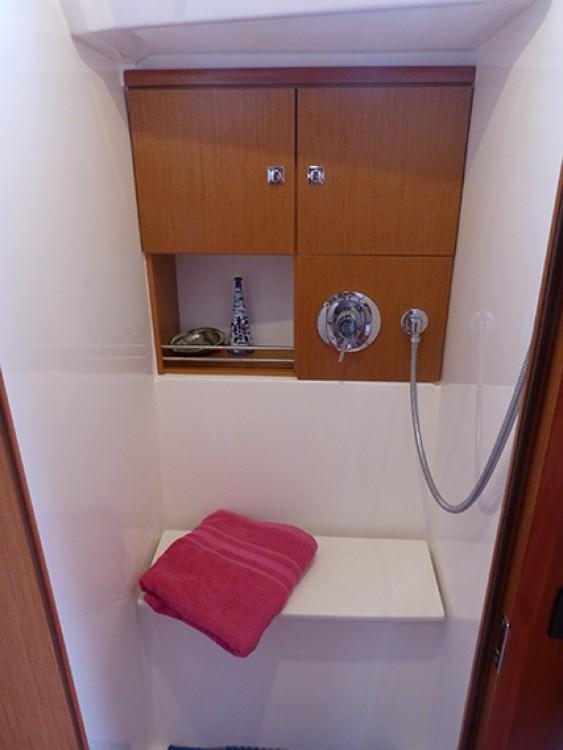 Boat rental Procida cheap Cruiser 46