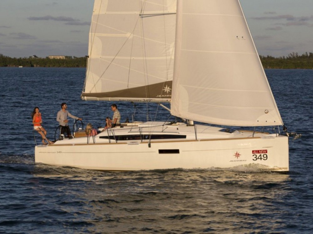 Jeanneau Sun Odyssey 349 between personal and professional Nieuwpoort