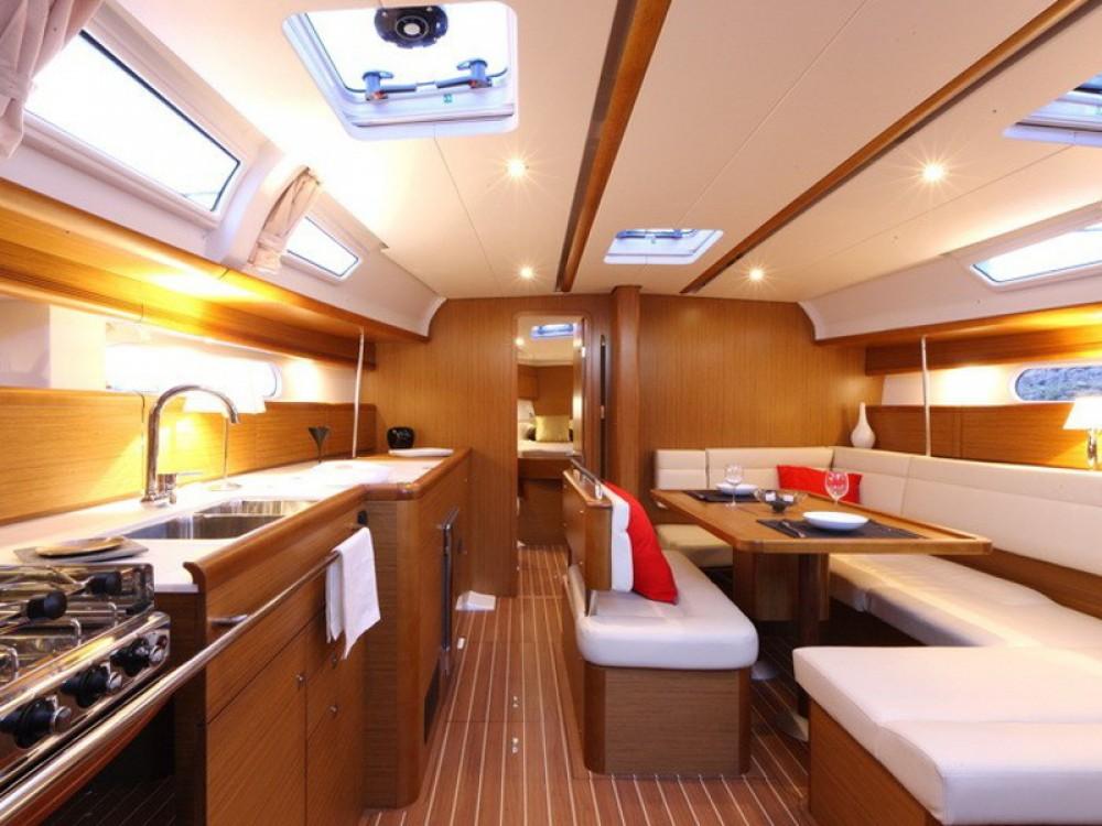 Rental yacht Nieuwpoort - Jeanneau Sun Odyssey 44 i on SamBoat