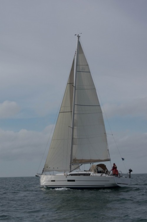 Boat rental Dufour Dufour 382 Q in Arzon on Samboat
